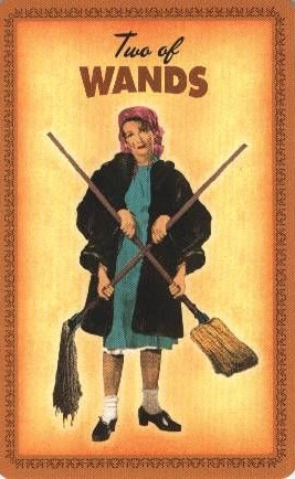 Housewives Tarot Staven Twee